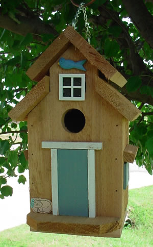 Cedar Bird House - Colonial Blue